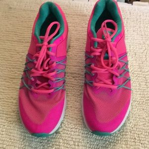 New Women's Nice Nike Air Sneakers size 10